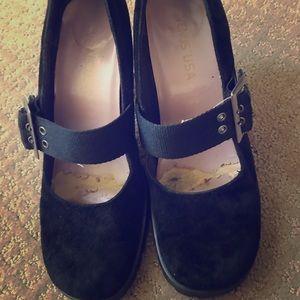 Vintage Mary Jane black high heels 6 velvet comfy